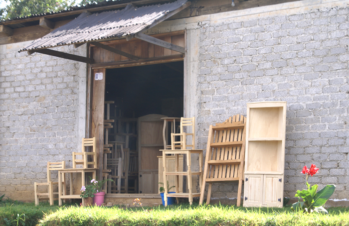 Fábrica de Muebles 1