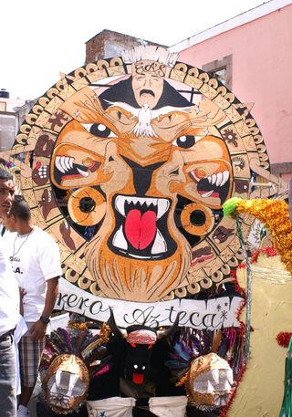 Torito Azteca