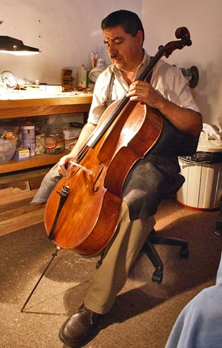 Alejandro 3 with Cello