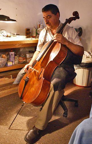 Alejandro 3 with Cello