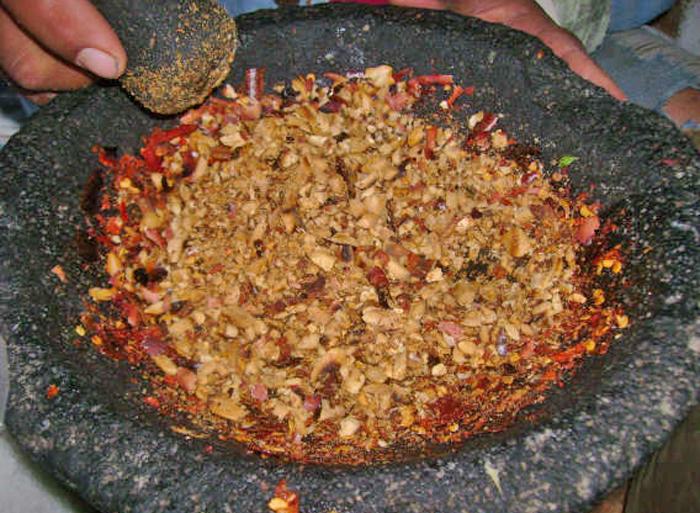 Peanut Salsa Molcajete, Cactu