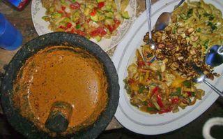 Peanut Salsa plus Platillos de Hongos, Cactu