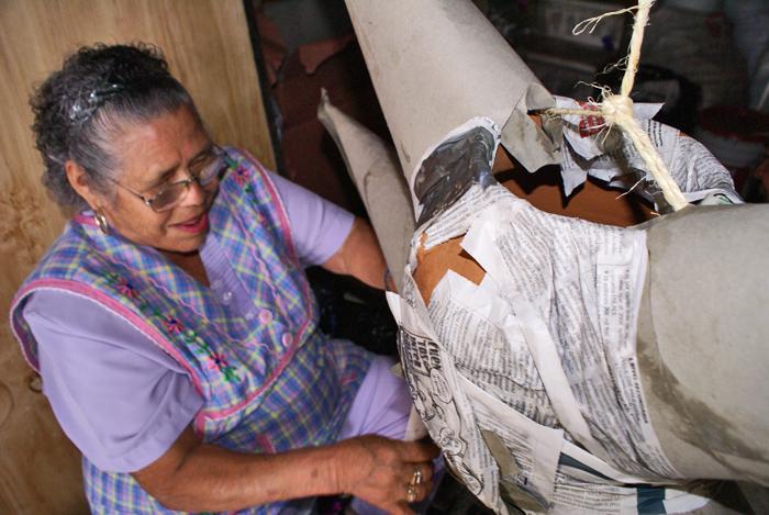 Doña Lolita Trabajando