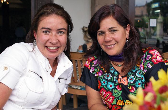 Susana con Lucero at LU