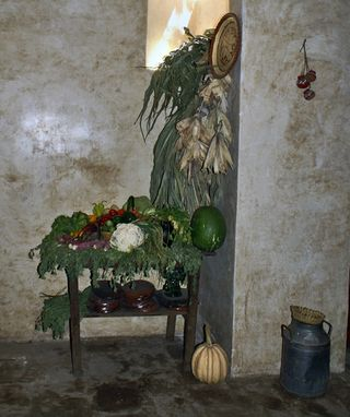 UNESCO Kitchen Corner with Window Light