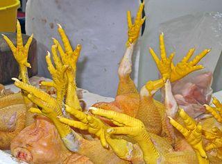 Mercado Patas de Pollo