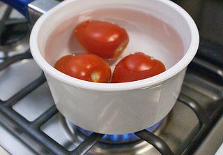 Albóndigas Jitomate Cocinándose