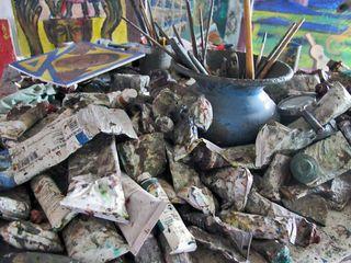 Oaxaca Estudio Rodolfo Morales Tubitos de Pintura