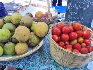 Mercado 100 Peras etc
