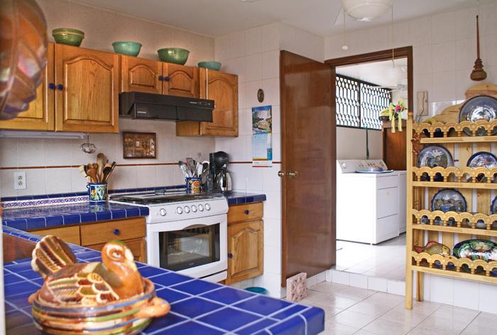 Cocina despu s de remodelar 1 for Remodelar cocina integral