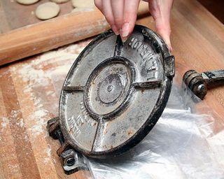 Tortilla Press My Home Cooking.Net