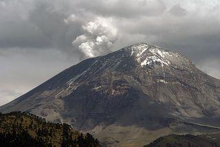 Amecameca Popocatépetl Exhalando 1