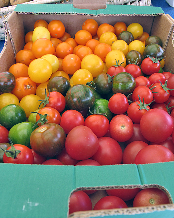 Paris Marché d'Aligre Tomato Varieties