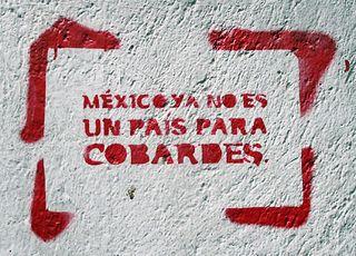 DF Grafito Calle 5 de febrero 25
