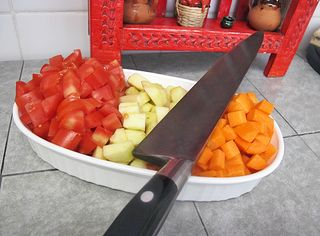 Picadillo Tomatoes Apple Carrots Knife