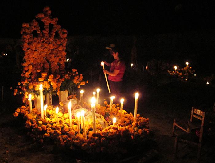 Muertos Campo Santo Arócutin