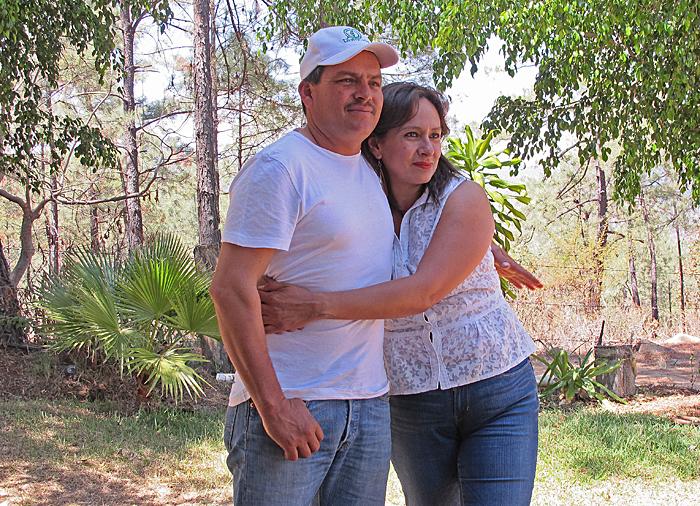 Mezcal Don Nacho con Maira