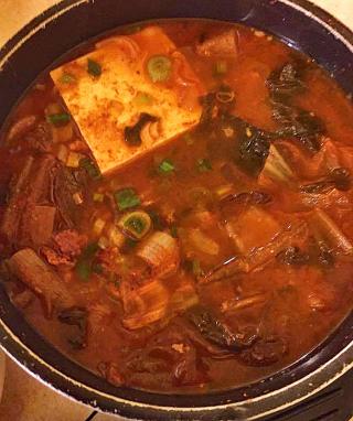 Korea Kimchi with Beef and Tofu