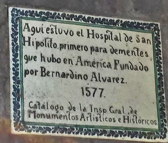 San Hipólito Placa