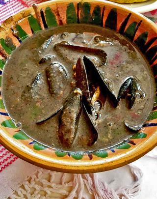 Oaxaca Tichindas en Caldo 1