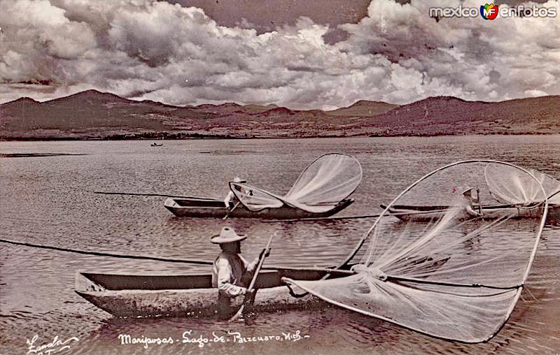 Lake Pátzcuaro Old Postcard Fishing