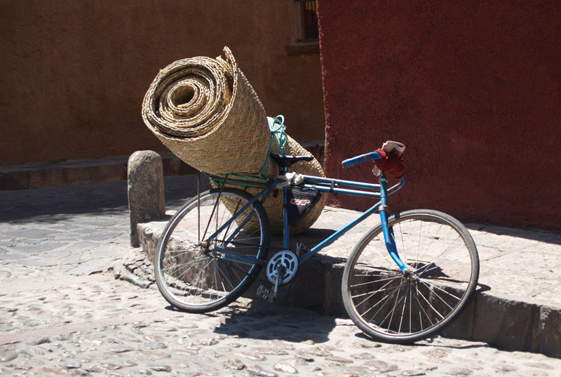 Petate on Bicycle