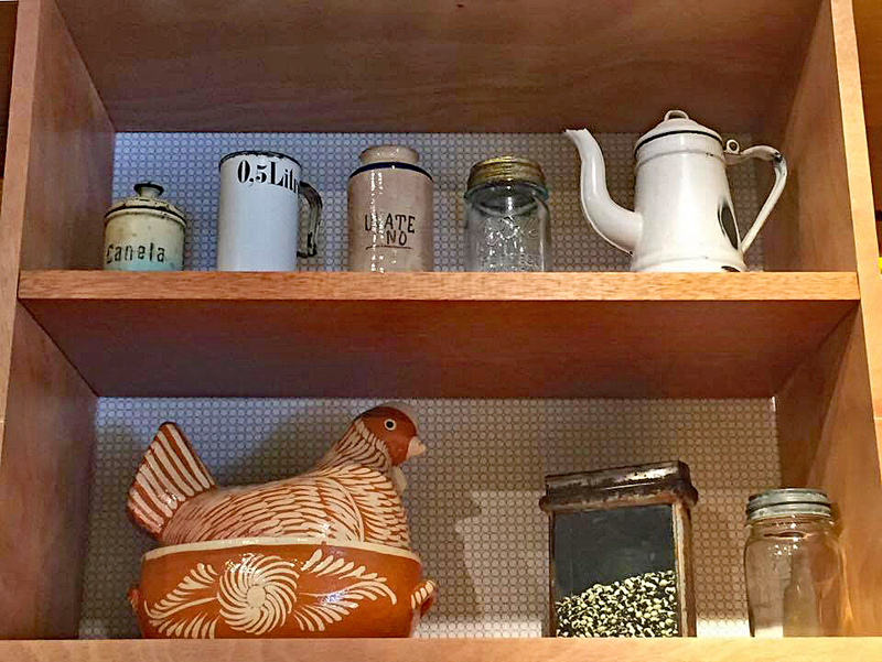 MODO Shelves with Chicken