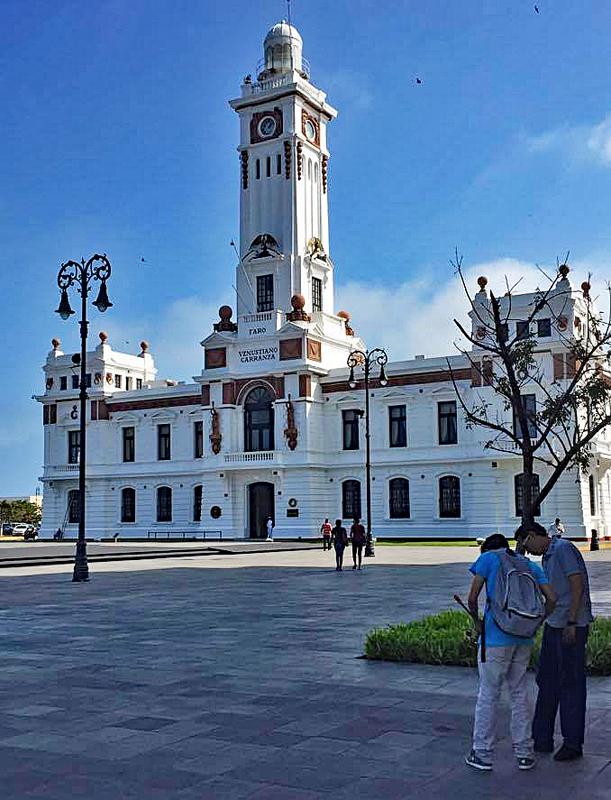 Veracruz Faro en la Puerta 2
