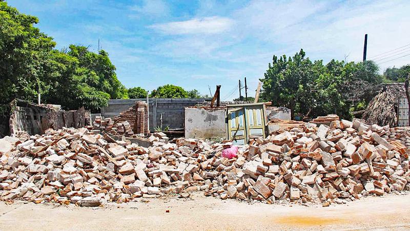 Silvana San Mateo del Mar House Destroyed