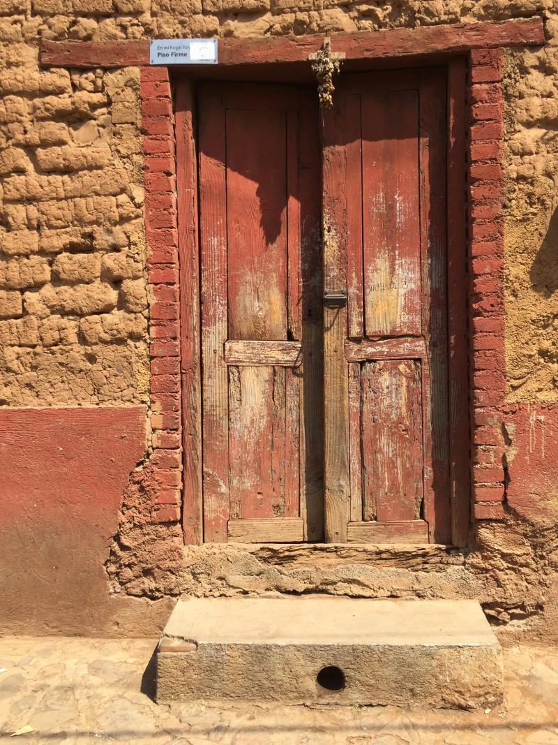 Puerta Santa Fe de la Laguna