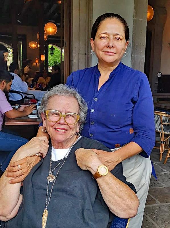 Cristina y Cynthia 8-15-2019 copy