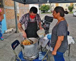 10 Beto Chef Cocina Comunitaria 2 Tamales