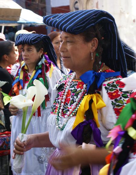 Mujeres_con_rebozos_y_alcatraces_co
