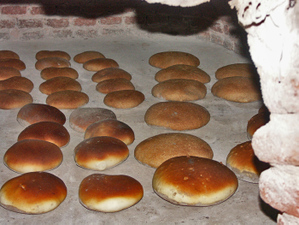 Bread_in_oven