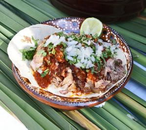 Tacos_de_borrego_a_la_penca