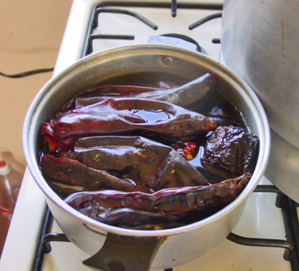 Chiles_on_the_stove