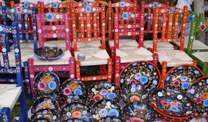 Painted_chairs_ptzcuaro
